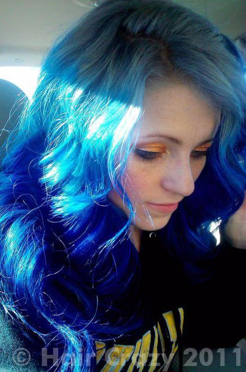 urs using -, Manic Panic Shocking Blue, Special Effects Electric Blue - 1st January 2011 3:49 a.m.