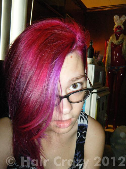 mckooter using Fire Red, Manic Panic Hot Hot Pink, Plum (Punky) - 13th July 2011 12:28 p.m.