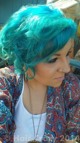 Buy Aquamarine Adore Hair Dye - HairCrazy.com