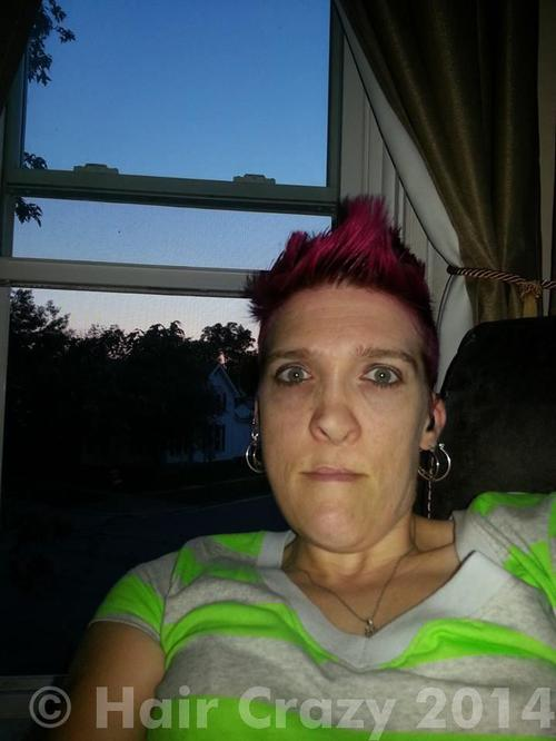 countrygirl23 using Manic Panic Vampire Red - 20th May 2014 1:44 a.m.