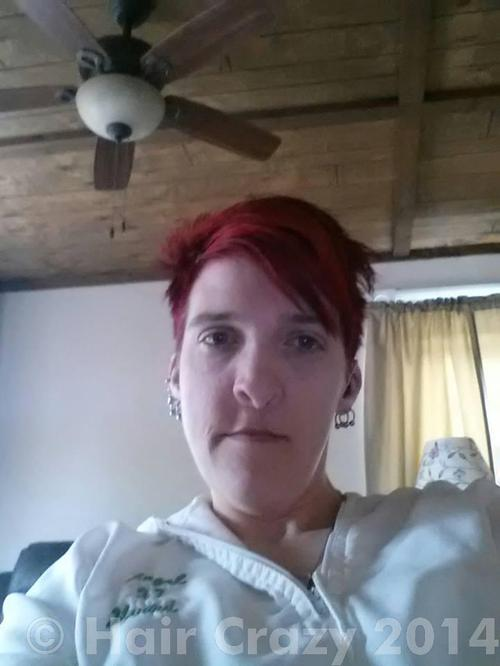 countrygirl23 using Manic Panic Vampire Red - 20th May 2014 1:48 a.m.