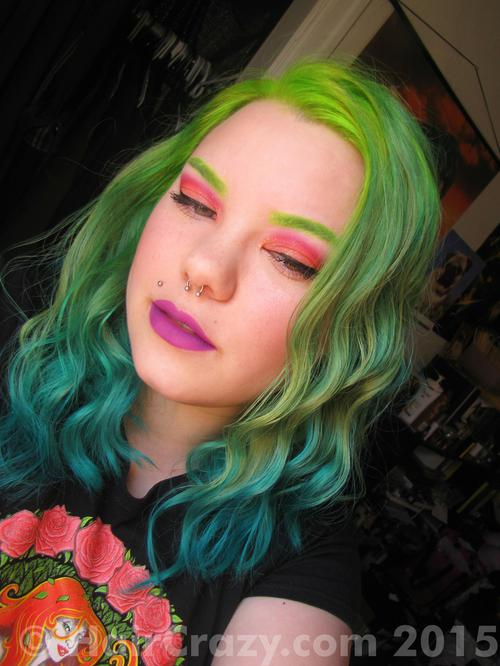 aheartlikeagun using other (not listed), Pravana Blue, Pravana Green, Pravana Neon Green - 30th December 2014 7:07 p.m.