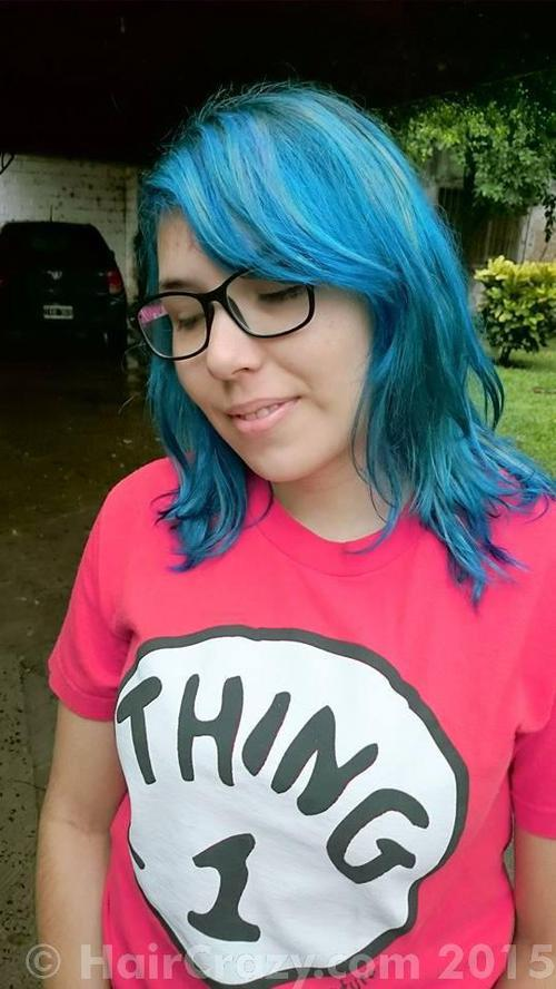 MarianaYaoi using Manic Panic Blue Moon, Manic Panic Ultra Violet, True Blue - 12th February 2015 1:43 p.m.