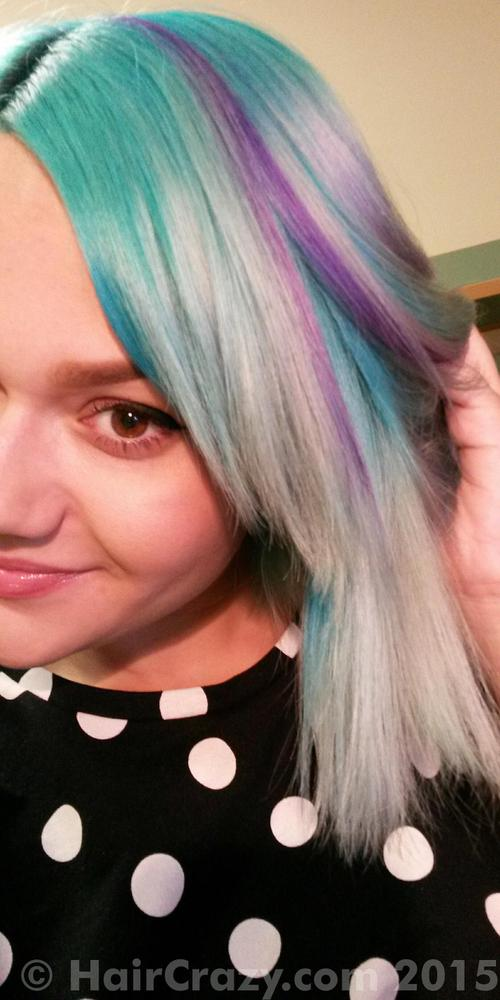 nikki_wildrose using Directions Turquoise, Directions Violet - 24th February 2015 2:37 p.m.