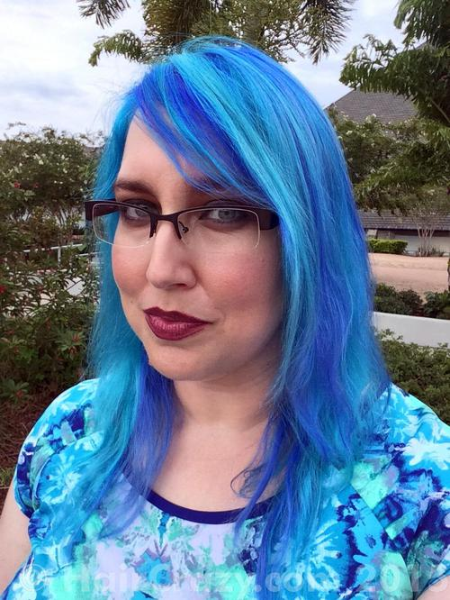 Piscine using Lagoon Blue (Punky), Manic Panic Atomic Turquoise, Special Effects Blue Mayhem - 26th July 2015 7:20 p.m.