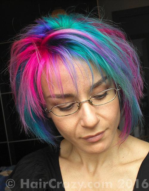 tigrazza using Directions Cerise, Directions Turquoise, Manic Panic Electric Amethyst, Manic Panic Siren's Song - 28th June 2016 12:44 p.m.