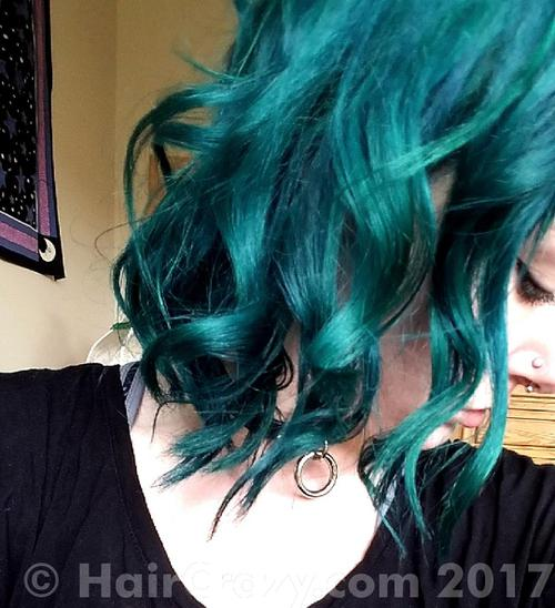 nymphe using Adore - Black Velvet, Manic Panic Rockabilly Blue, other (not listed) - 1st May 2017 6:53 p.m.