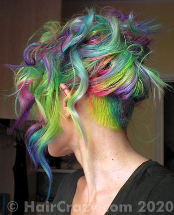 tigrazza using Crazy Color Hot Purple, Manic Panic Siren's Song - 19th December 2020 7:01 a.m.