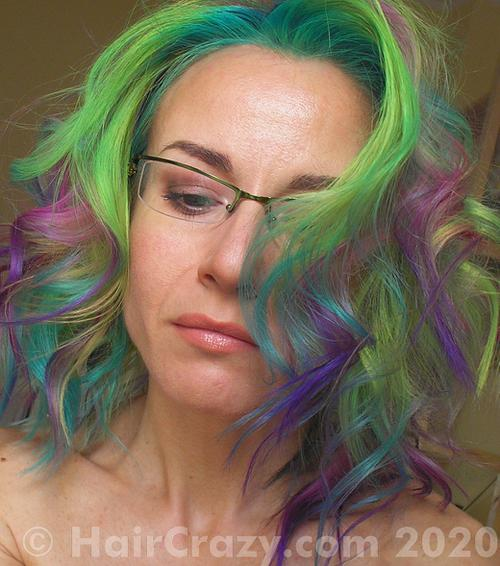 tigrazza using Crazy Color Hot Purple, Manic Panic Siren's Song - 19th December 2020 7:24 a.m.