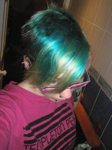 BEFORE: Faded tropical green stargazer, and natural roots.